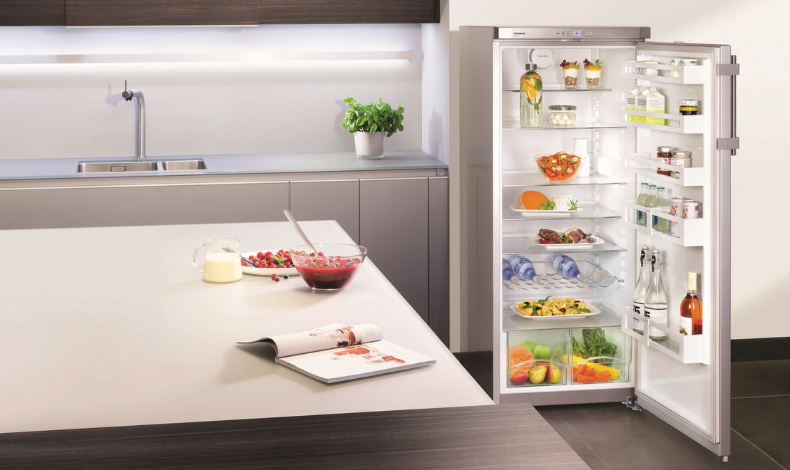 Почему появляется лёд на стенках холодильника